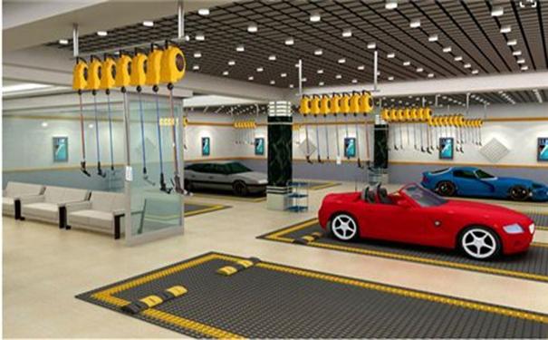 汽车美容加盟的发展前景与清洗丝绒顶棚的方法